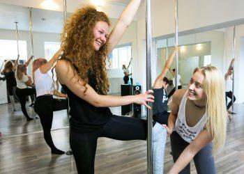 Prøvetime i poledance